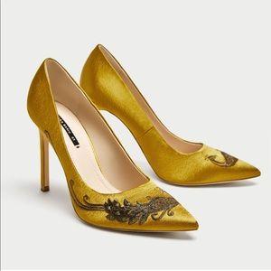 Zara Satin Embroidered heels size 6